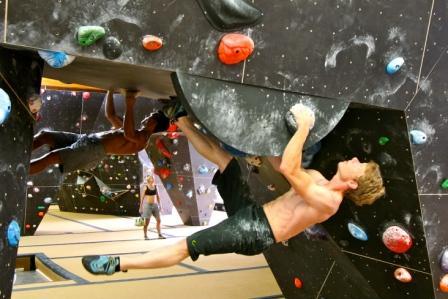 Hier gehts zu Bouldern (Tageskarte) in der Boulderhalle Bielefeld