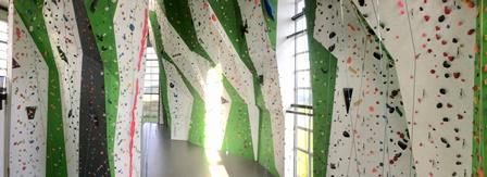 Hier gehts zu Klettern oder Bouldern (3x pro Monat)